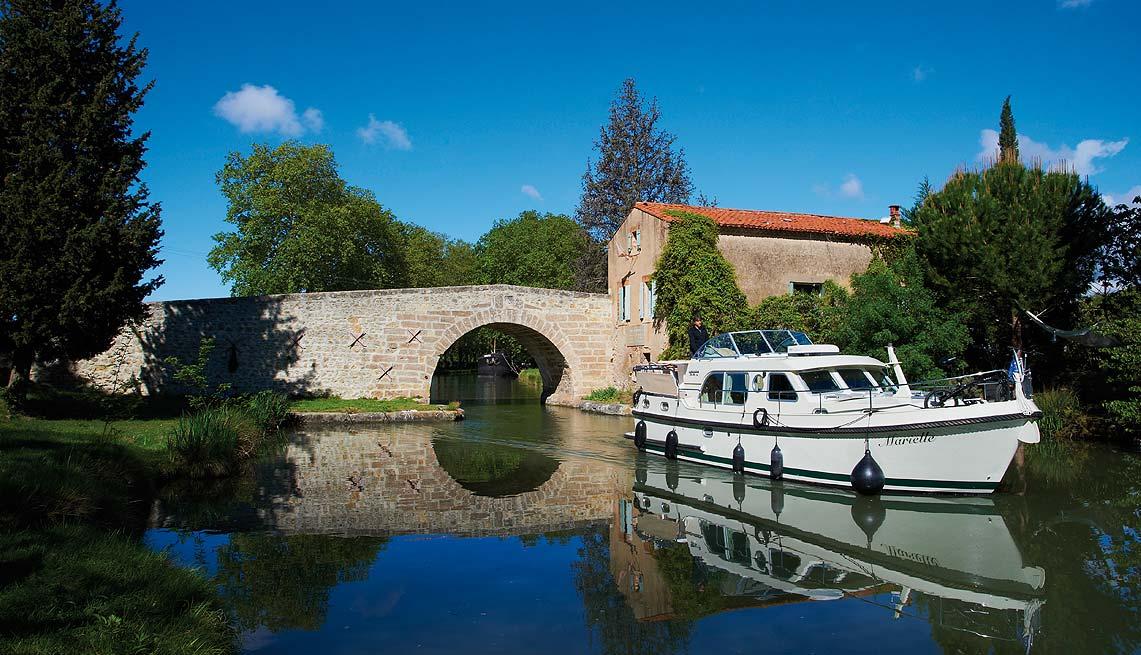 Een prachtige tocht over het met platanen omzoomde Canal du Midi